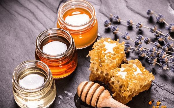 Uống mật ong trước lúc ngủ giảm cân đúng cách như thế nào? Bạn xem ngay nhé