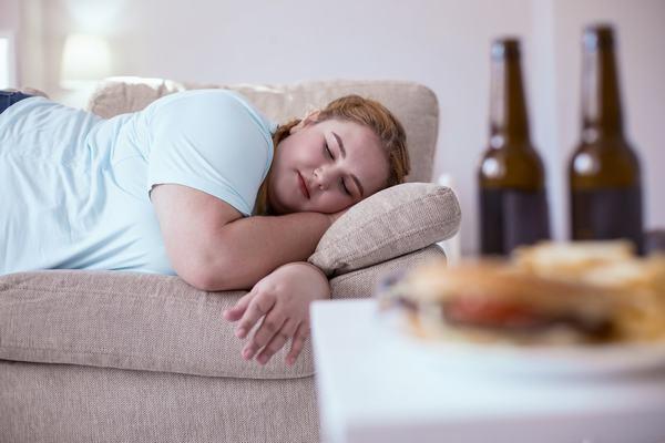 ngủ nhiều có béo ko , ngủ nhiều giảm cân, ngủ nhiều có giảm cân, ngủ nhiều tăng cân hay giảm cân, ngu nhieu co map ko, ngủ bao nhiều tiếng để giảm cân, giảm cân có nên ngủ nhiều