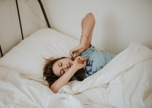 Ngủ nhiều có giảm cân không